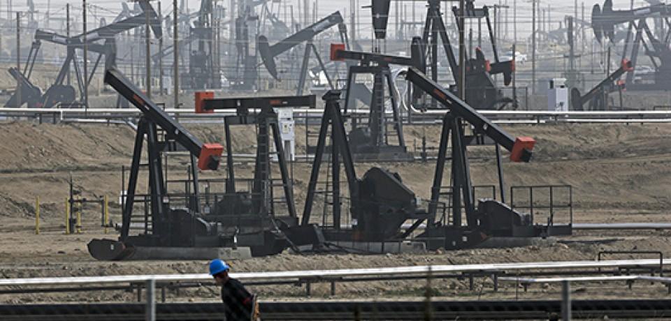 Цены на нефть показали самый продолжительный месячный рост за пять лет