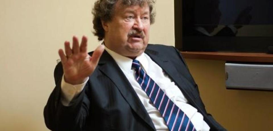 Эксперт: «Россия— неодеяло, которое можно накусочки разрезать ираздать»