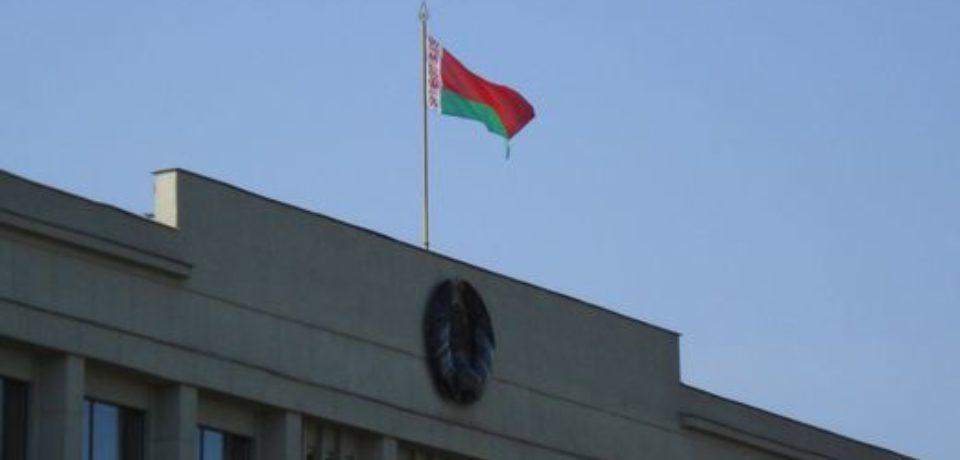 В Беларуси физические лица продолжают избавляться от долларов
