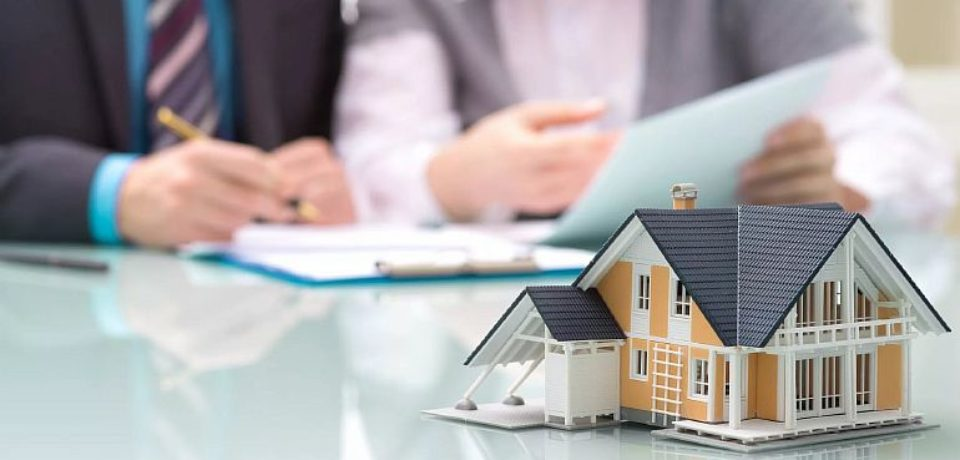 Как выбрать маклера по недвижимости?