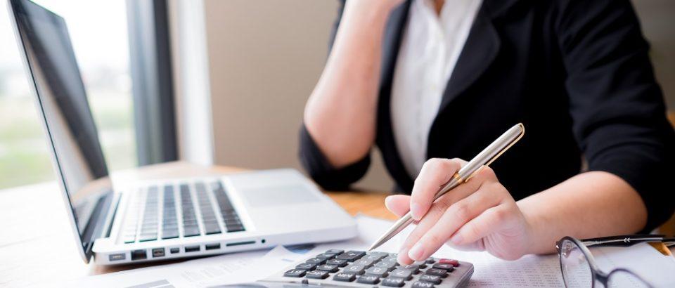 Обратитесь в специализированную фирму для управления вашими счетами